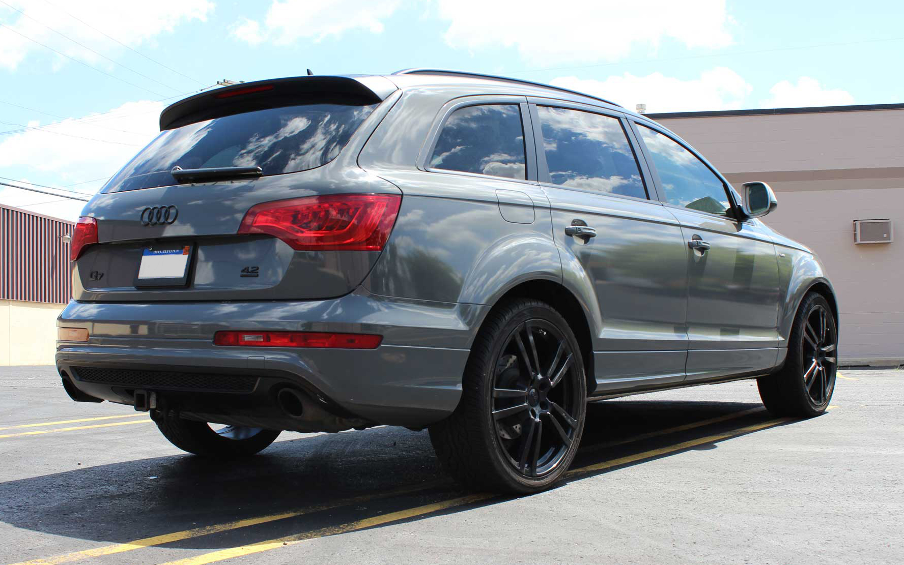 Gloss Dark Grey Audi Q7 One Soul Graphics